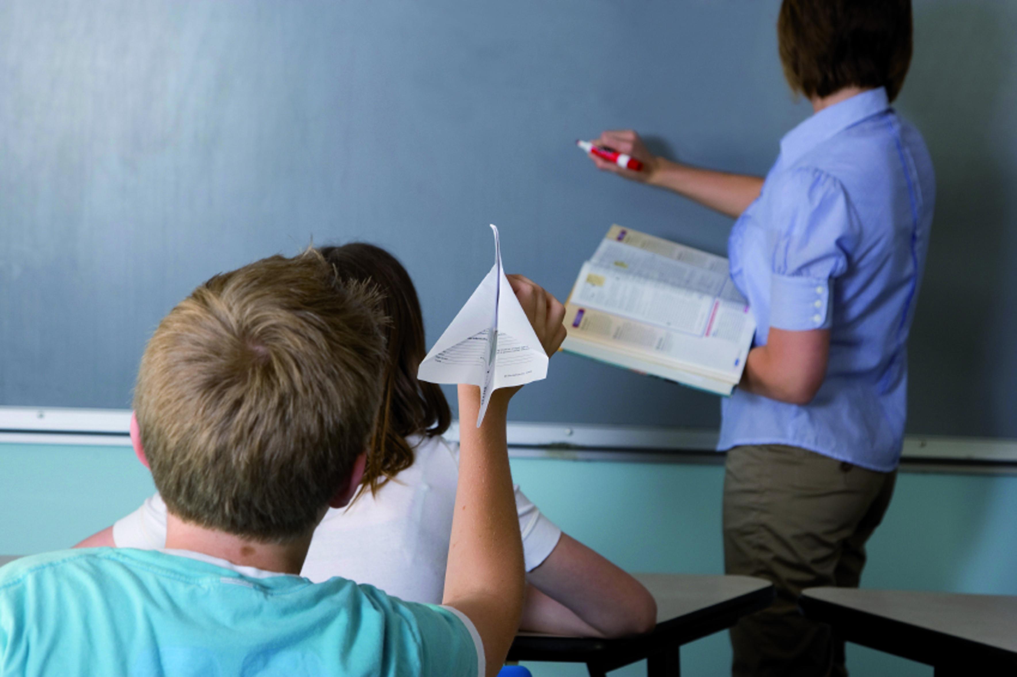Imatge nens amb TDAH amb dèficit d'atenció