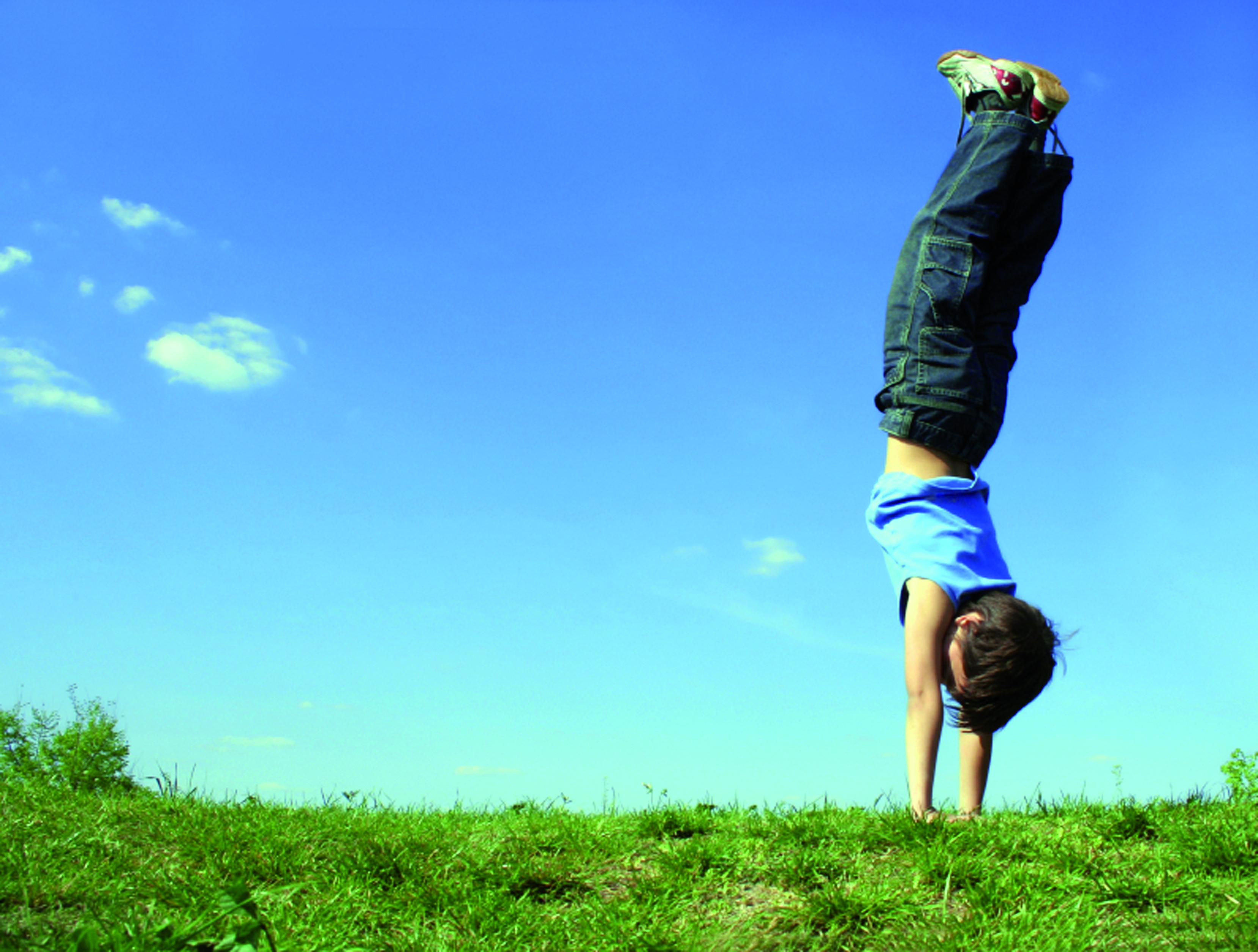 Imatge de nens amb TDAH amb hiperactivitat